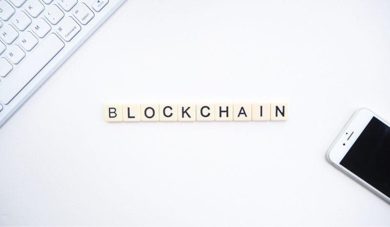 Comprendiendo el estado de implementación del blockchain en la empresa española en 2020 y las futuras tendencias